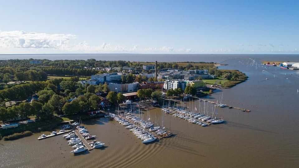 Estland Pärnu Hafen