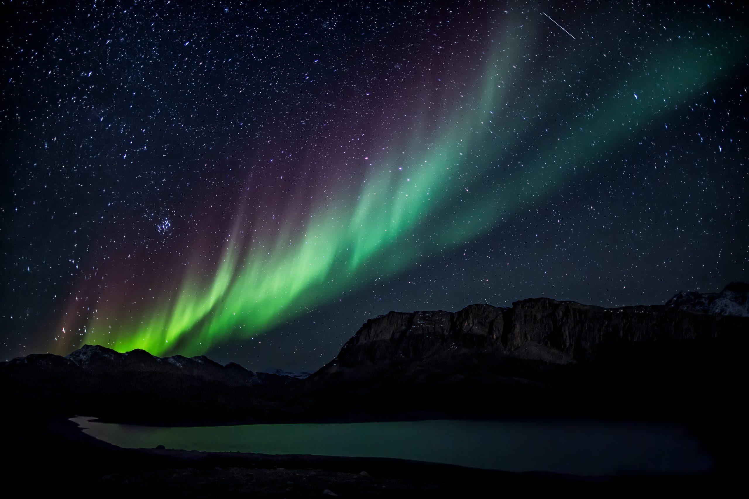 nordlichter sehen grün lila