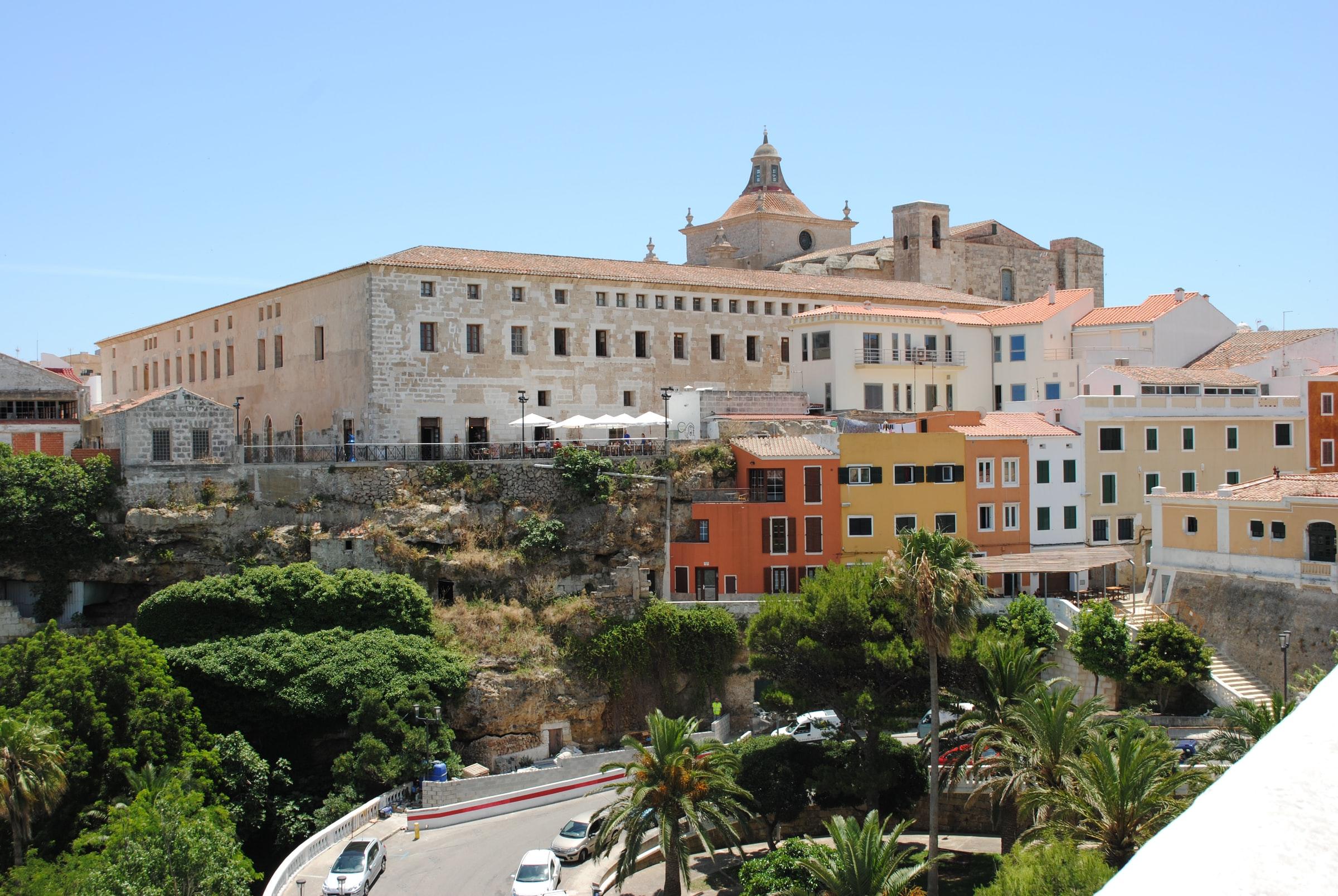 Menorca, Mahón - Gebäude