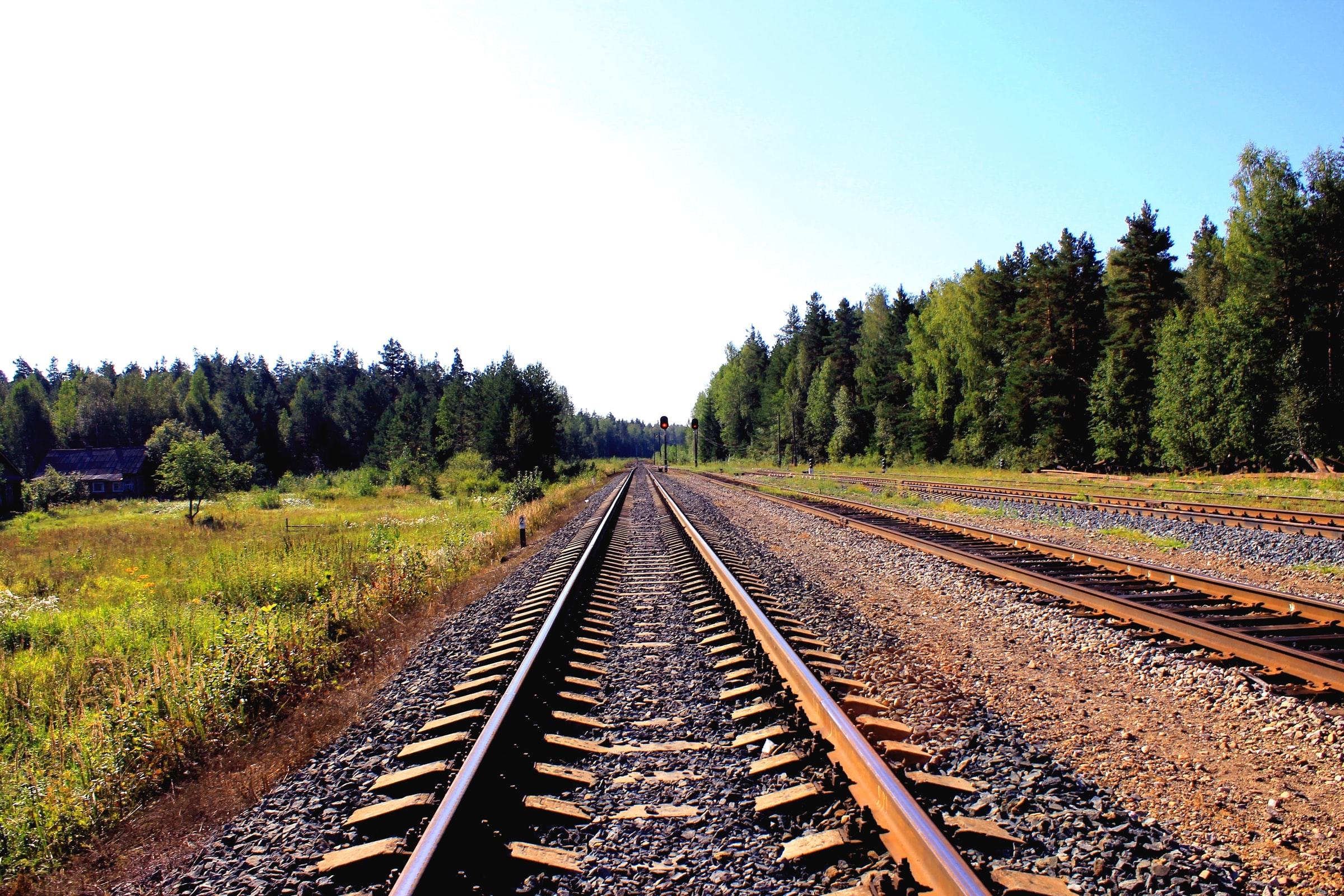 Umweltfreundliche Transportmittel - Gleise