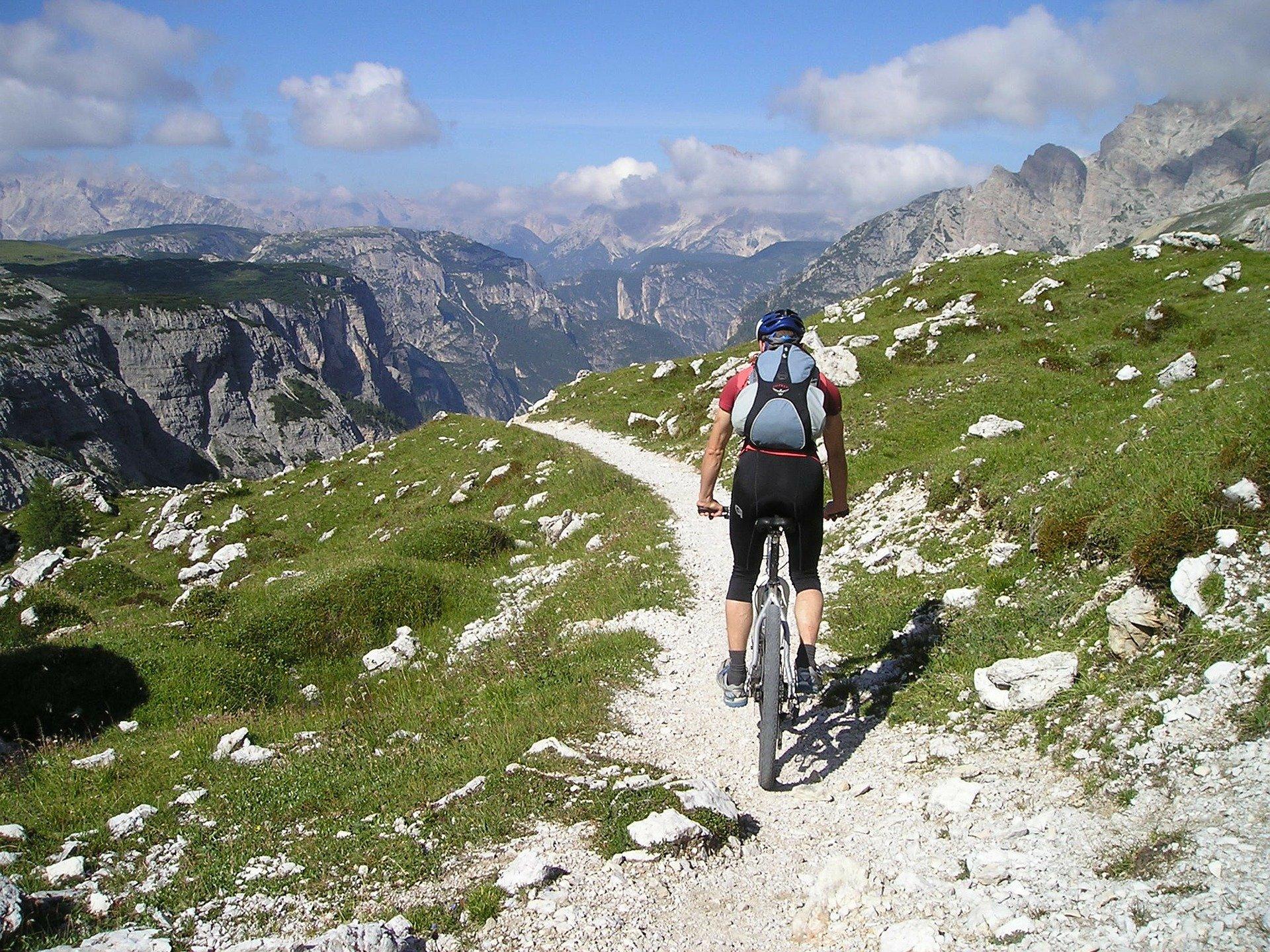 Französische Alpen Berge Radfahrer