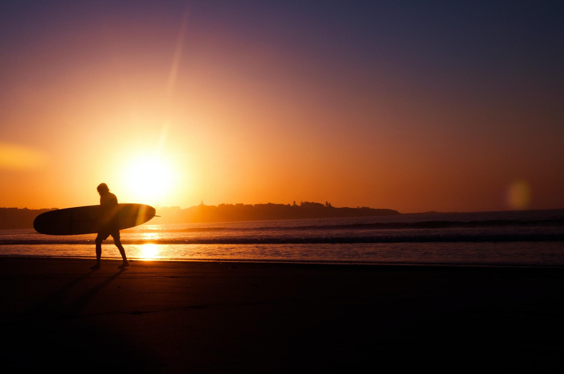 Sydney Surfer bei Sonnenuntergang
