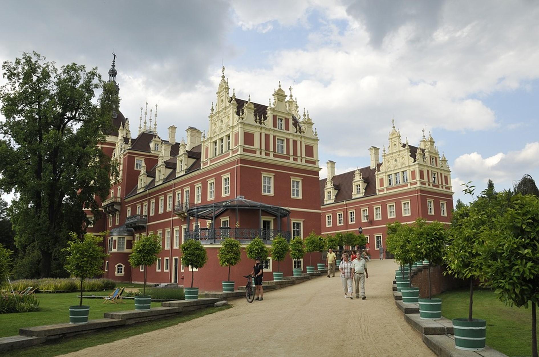 Urlaub in Sachsen, Schloss Villa